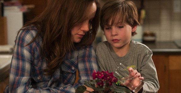 Brie Larson, Jacob Tremblay in Room