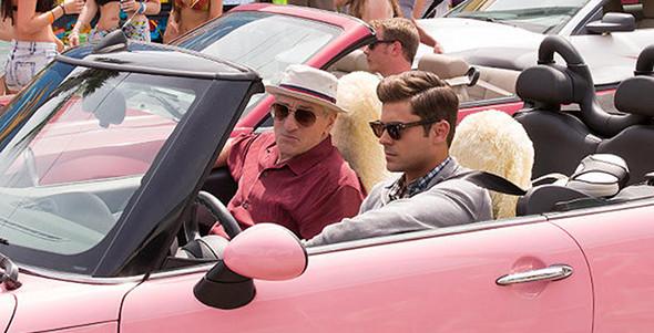 Robert De Niro, Zac Efron in Dirty Grandpa