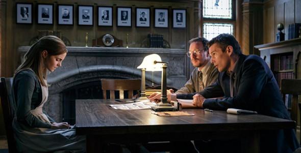 Ethan Hawke, Emma Watson in Regression
