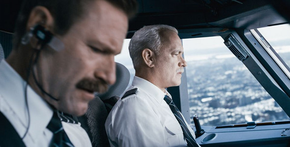 Tom Hanks, Aaron Eckhart in Sully